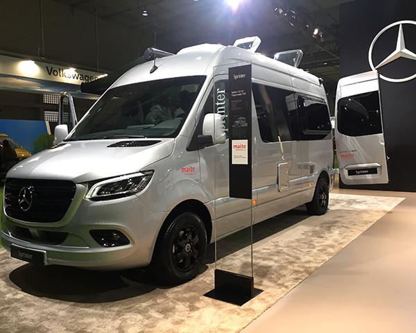 Diseño de vehículo Camper de gama alta