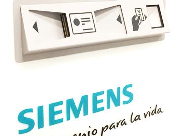 Diseño de Totem con escaner de tarjetas y lector de QR para SIEMENS