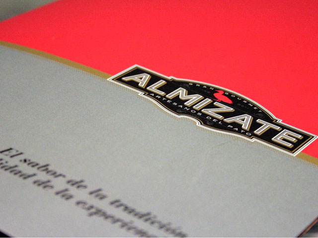 Almizate: Diseño de marca