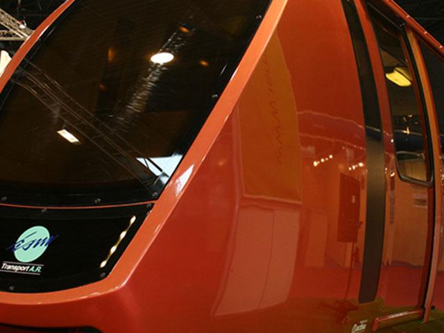 ISM: Diseño exterior e interior de Cabina de Monoraíl.