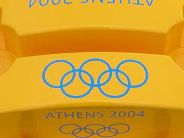 MONDO. Equipamiento para Juegos Olímpicos ATHENS 2004